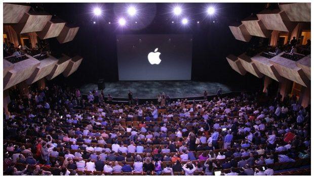 (livetext) Momentele lansării iPhone 6 și iPhone 6 Plus