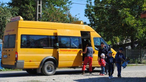 Guvernul României va dona 100 de microbuze școlare Republicii Moldova