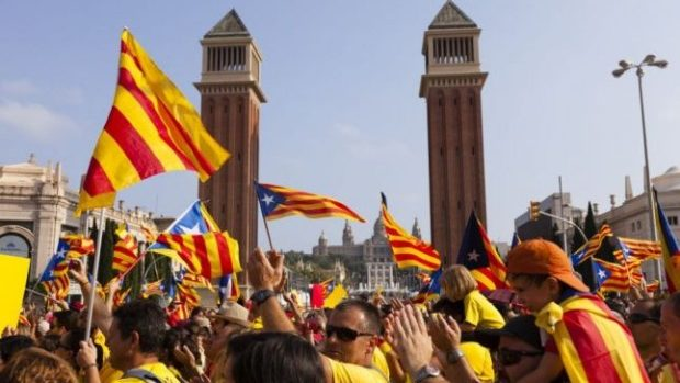 (video) Catalonia renunță la referendum