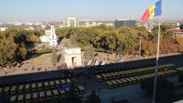 (foto) Guvernul României a donat mijloace de transport instituțiilor publice din Moldova
