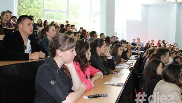 12 studenţi de la Facultatea de Jurnalism a USM vor participa la un curs moldo-german