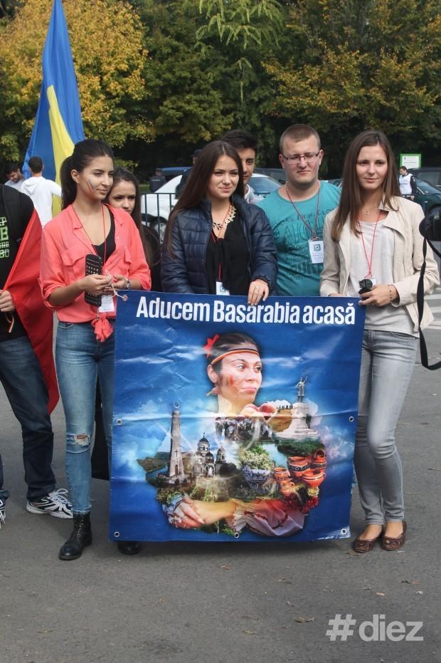 Tinerii vor să aducă Basarabia acasă
