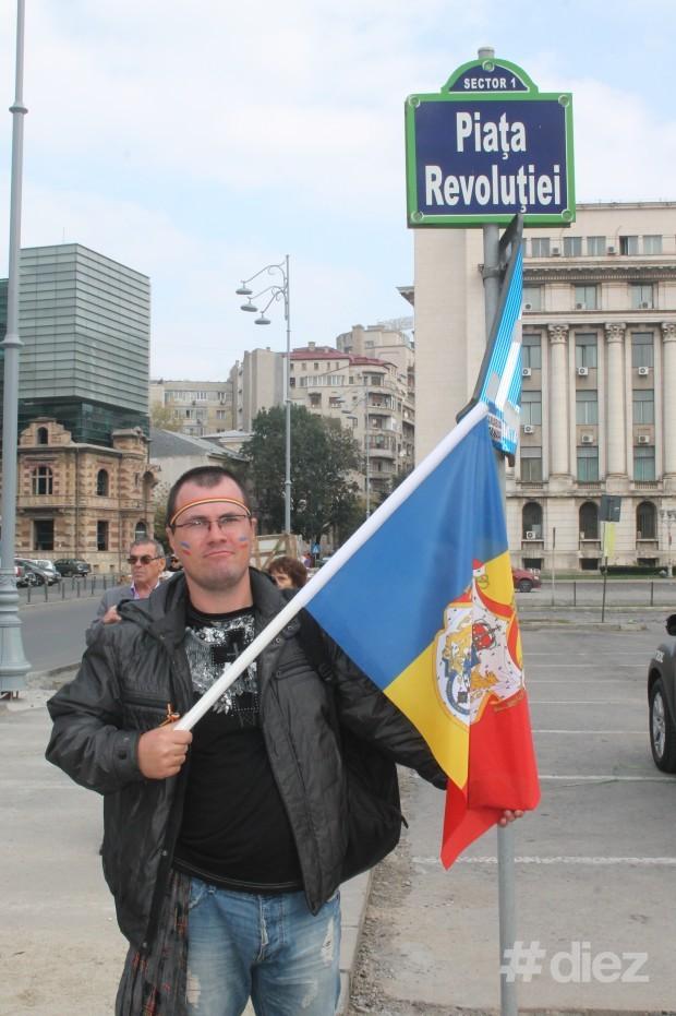 Ruslan cu drapelul României Mari