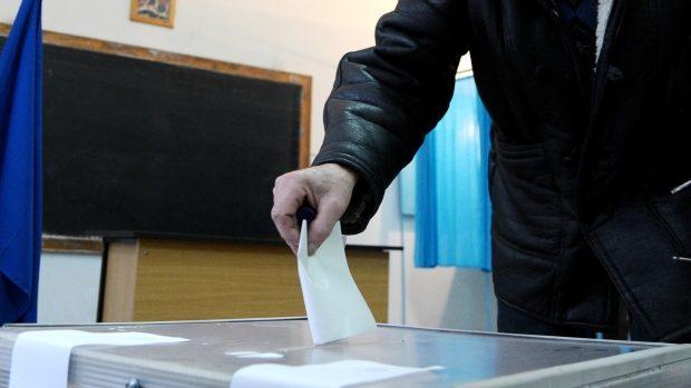 La alegerile din 30 noiembrie, toate cabinele şi urnele de vot din ţară vor fi de acelaşi fel