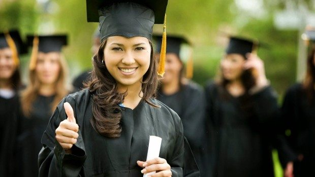 Burse la care să aplici în timpul studenției