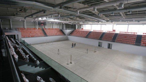 (foto) Un stadion multifuncțional la standarde europene va fi inaugurat în comuna Ciorescu
