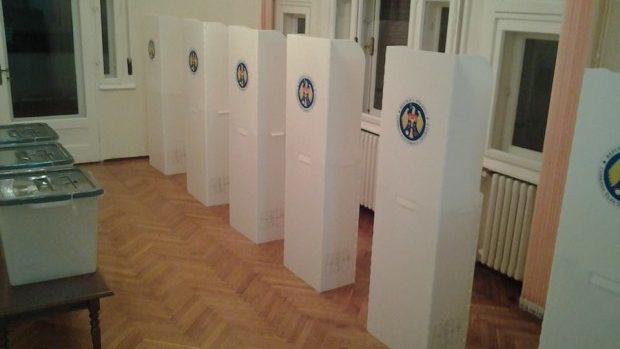 Alegeri 2014: Încălcări semnalate de observatori în procesul electoral