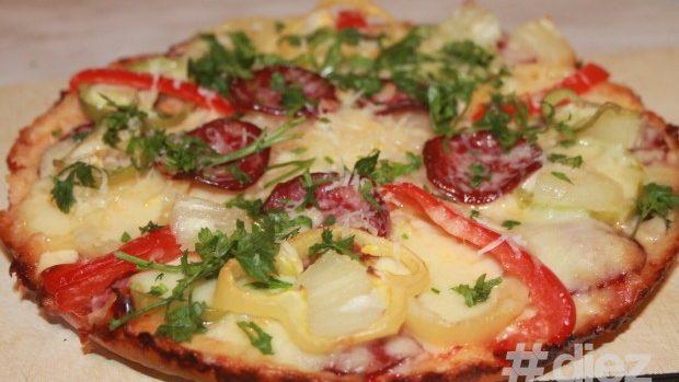 (foto) Cum să pregătești o pizza de casă crocantă