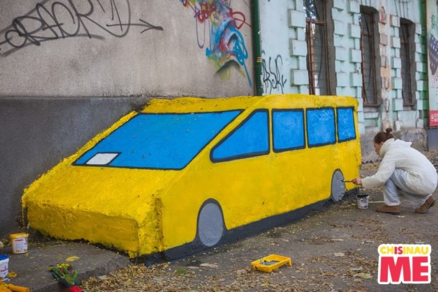 "Chiținău is Me: O nouă pictură stradală ""Yellow Cab"" în Chișinău. PC: facebook/Chișinău is me"