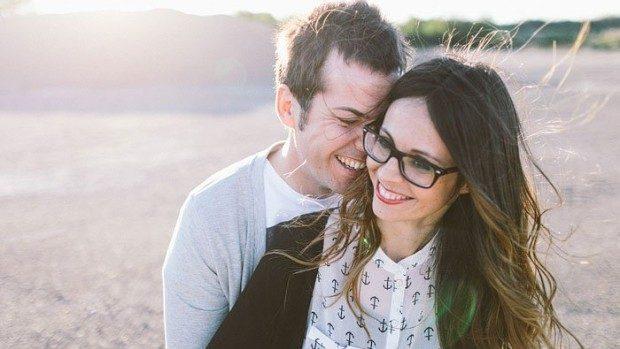 8 certuri amuzant de ridicole pe care fiecare cuplu le are