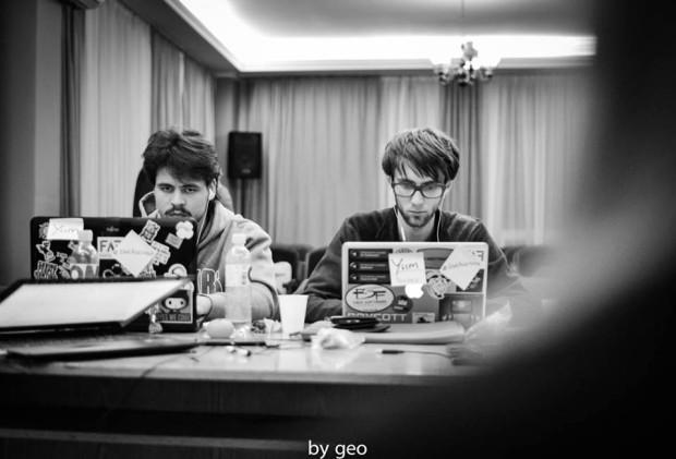 Poză priceless a echipei Yum, PC: Geo Lupașcu