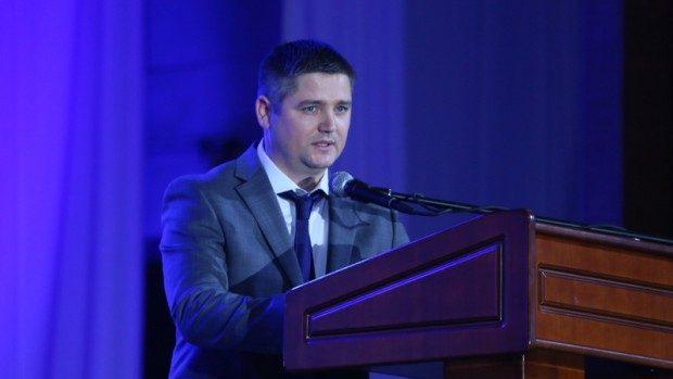 Ministrul Tineretului și Sportului, Octavian Bodișteanu, a anunțat că aderă la PDM