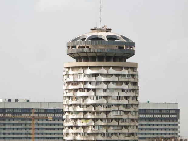 Turn Locuințe colective pentru familii mici