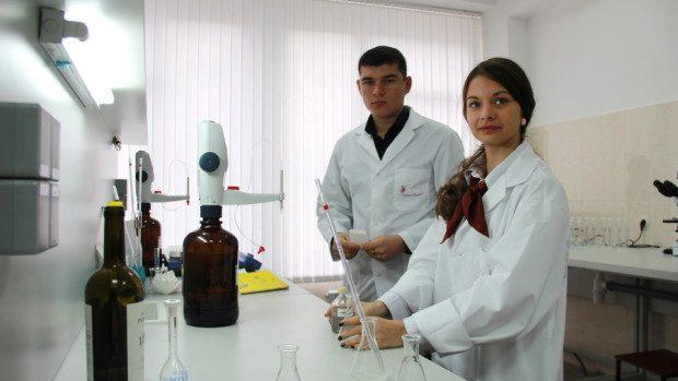 (foto) Un Centru modern de cercetări în vinificație a fost inaugurat la UTM