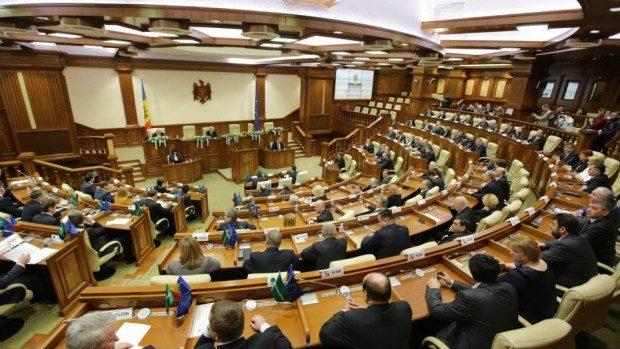 22 de deputați vor trebui să facă o alegere până pe 8 ianuarie