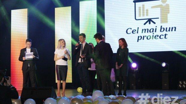 Au fost desemnați premianții Festivalului Voluntarilor 2014