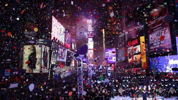 16 modalităţi ciudate de a sărbători Revelionul