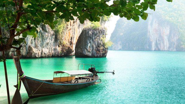 Aplică pentru un stagiu în marketing pe o plajă din Thailanda