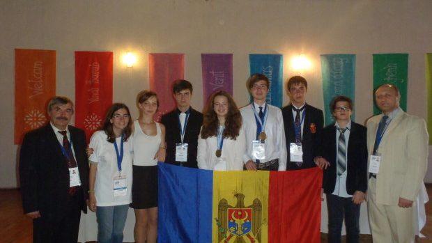Două medalii de bronz la Olimpiada Internațională de Științe pentru juniori