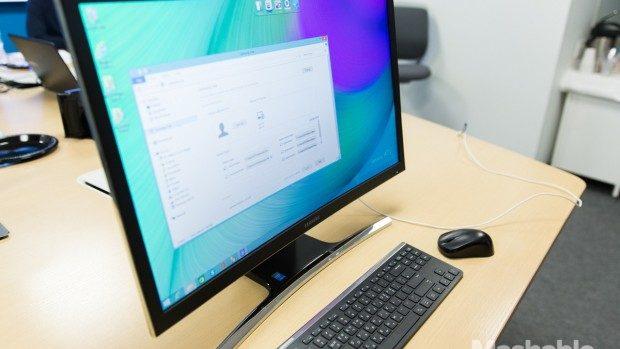 Samsung lansează primul calculator cu monitor curbat