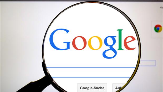 Google va retrograda site-urile de propagandă ruseşti în listele cu rezultate la căutări