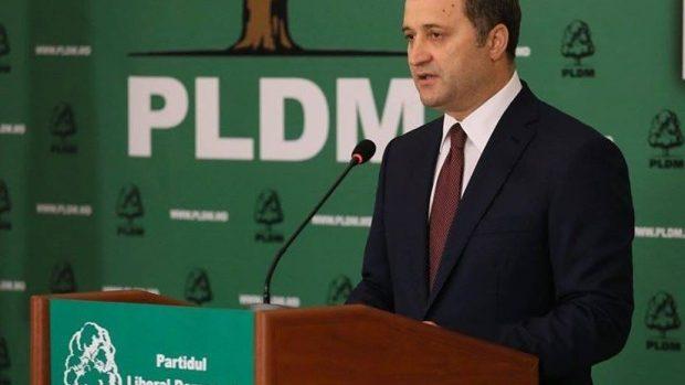 Vlad Filat îndeamnă Liberalii să voteze Guvernul APME