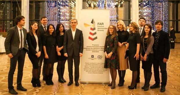 Procesul de aderare la Forumul Absolvenților Reveniți Acasă a fost deschis