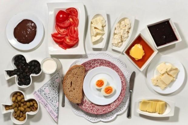 Alimentația diurnă a Oyku Ozarslan. PC: nytimes.com
