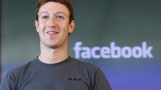 Mark Zuckerberg își propune să citească o carte nouă la fiecare două săptămâni