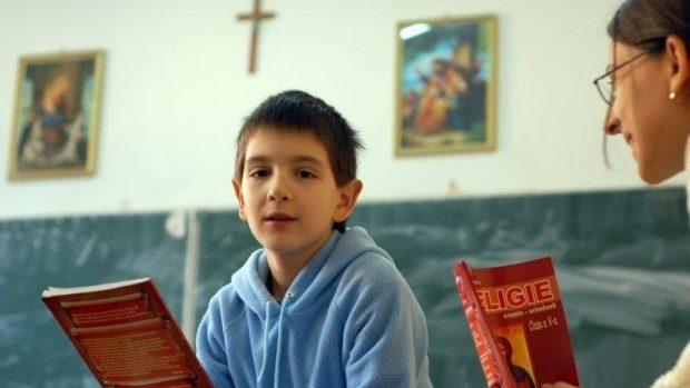 Peste 40 mii de elevi din Republica Moldova studiază religia în școală