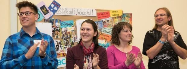"""Școlile pot participa la o competiție internațională de proiecte pe tema """"Solidaritate"""""""