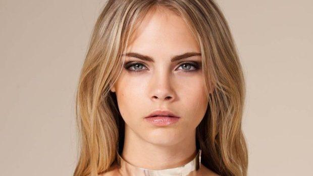Modelul Cara Delevingne a obținut un nou loc de muncă