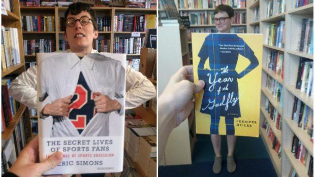 (foto) Fotografii amuzante cu oameni care pozează utilizând copertele cărților