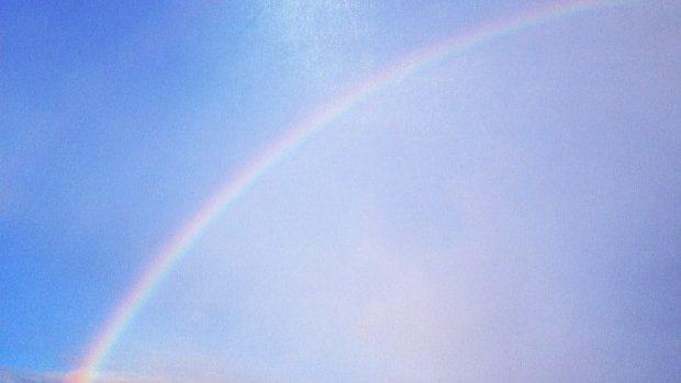 """(foto) În plină iarnă, curcubeul ne-a spus azi """"Bună dimineața!"""""""