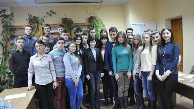 Maia Sandu s-a întâlnit cu membrii Consiliului Național al Elevilor din învățământul profesional