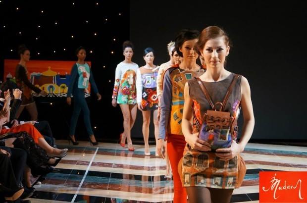 """Irina Madan a participat la """"Art & Fashion – Industry of beauty"""" la Londra. PC: Facebook/Picturi îmbrăcate. Irina Madan"""