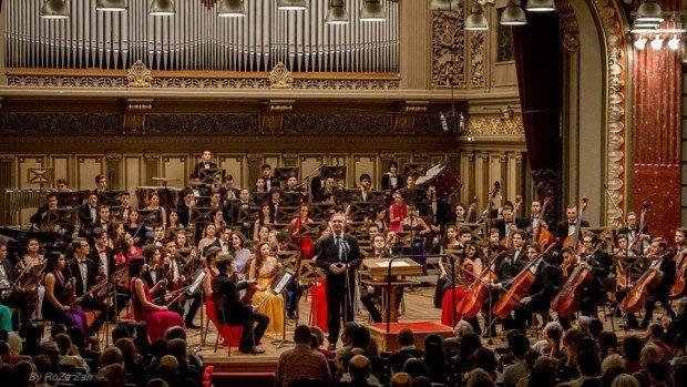 (foto) Eveniment muzical inedit: Concert al Orchestrei de Tineret România-Moldova