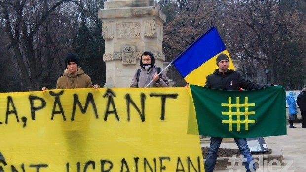 (foto) Basarabenii protestează pentru a susține poporul ucrainean