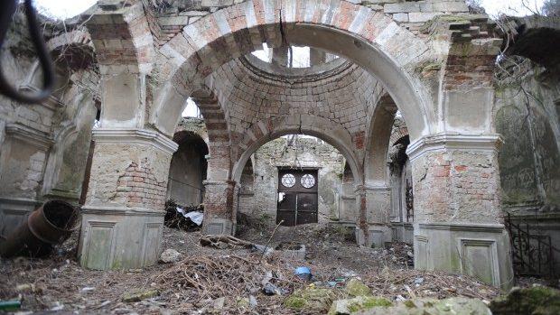 (foto) Capela din cimitirul evreiesc din Chişinău ar putea fi restaurată