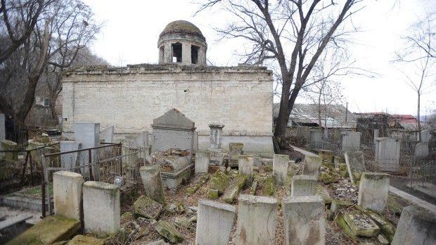 Ministerul Culturii vine cu detaliii referitoare la lucrările de reabilitare a Cimitirului evreiesc din Chișinău