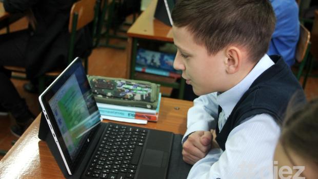 Școlile din Moldova vor primi mai mulți bani în anul 2015