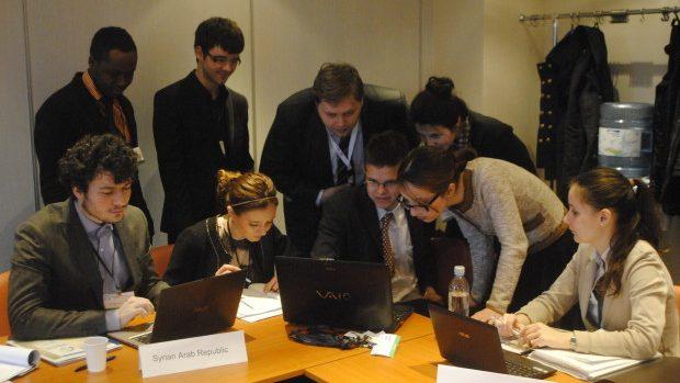 (doc) Participă și tu la o conferință Diplomatică Internațională pentru Studenți