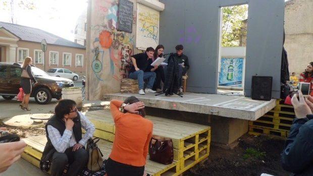 Artiștii sunt invitați să inițieze proiecte în Apartamentul Deschis