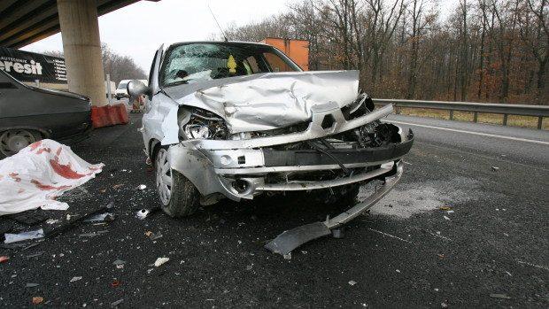 Doi polițiști de 22 și 24 ani au murit într-un accident rutier la Ștefan Vodă