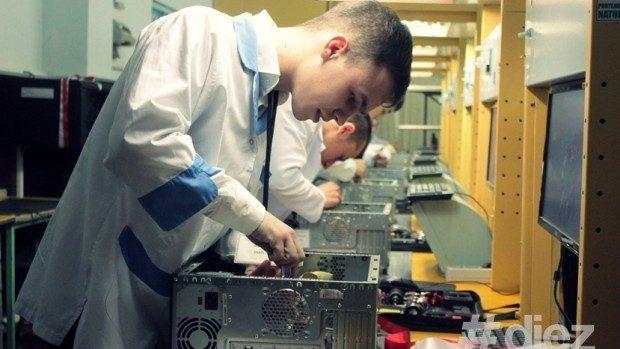 (foto) La Chișinău a fost lansat un nou laborator pentru pregătirea specialiștilor TIC