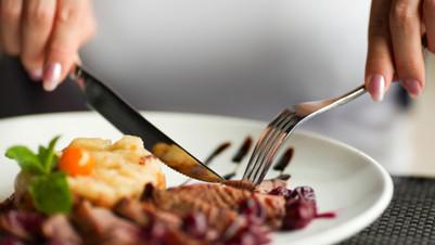 (foto) 7 lucruri pe care nu ai voie să le faci după mâncare