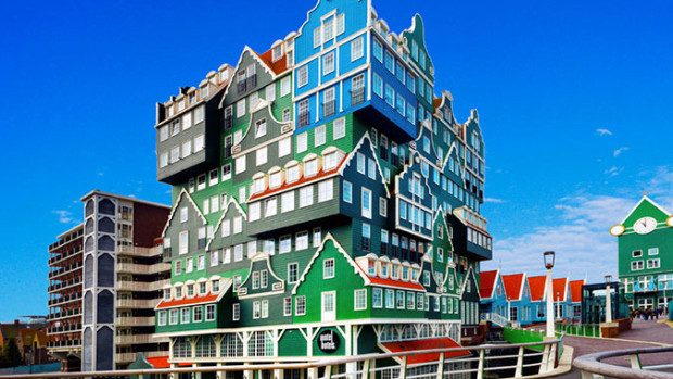 (foto) Vizitează cele mai colorate hoteluri din Europa