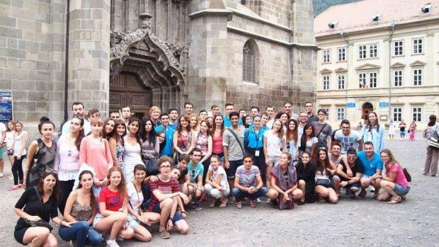 Pentru studenții energici: A fost dat startul aplicațiilor pentru Bucharest Summer University 2015