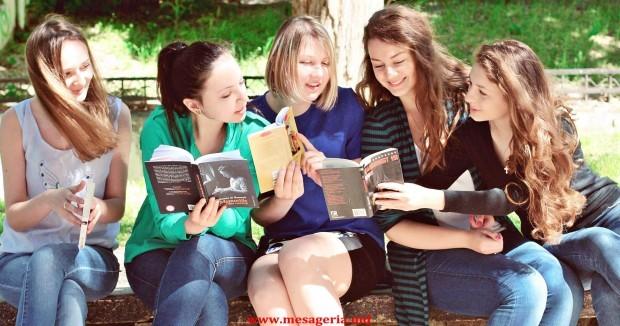 (foto) Spune-mi ce carte citești și îți voi spune cine ești
