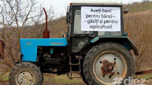 """(foto) Protestul fermierilor: """"Aveți bani pentru bănci – găsiți și pentru agricultori"""""""